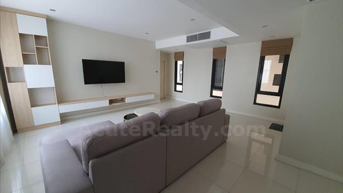 condominium-for-rent-baan-piya-sathorn