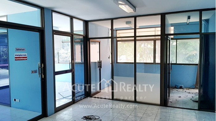 Home Office, Showroom  for rent Rama 3 - Narathiwas Rd. image8