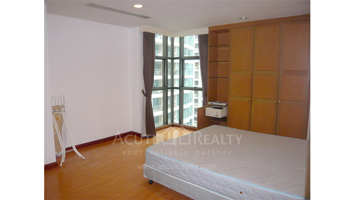 Condominium  for rent Baan Somthavil Ratchadamri image2