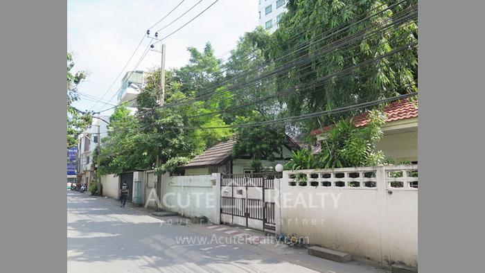 House, Land  for sale Rama 4 and Sukhumvit Rd. image2