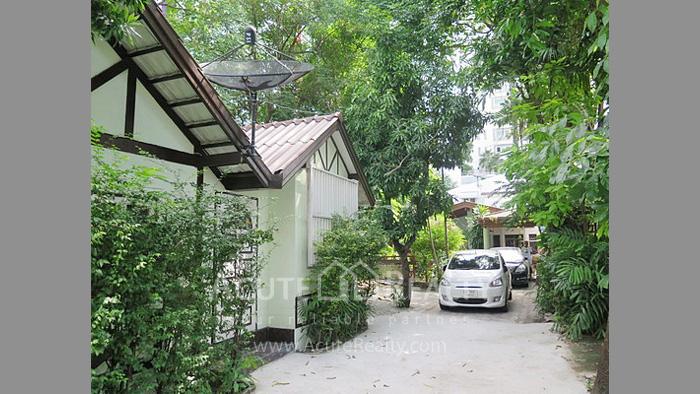 House, Land  for sale Rama 4 and Sukhumvit Rd. image4