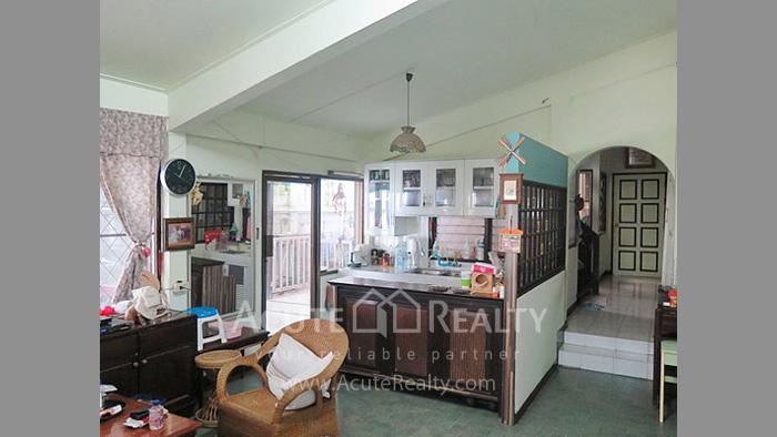 House, Land  for sale Rama 4 and Sukhumvit Rd. image8
