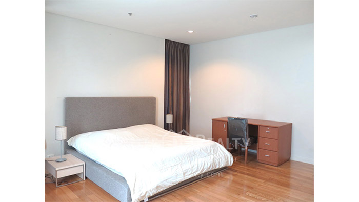 Condominium  for rent The Royal Saladaeng Saladaeng image8