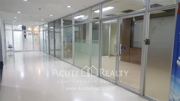 Office Space  for rent Silom image0