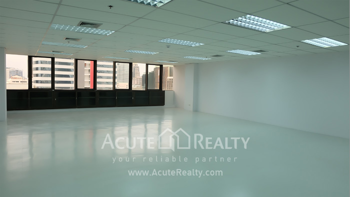 Office Space  for rent Surawong image13