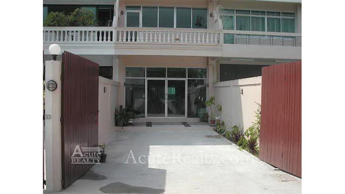 Townhouse  for sale & for rent Sukhumvit 101 image4