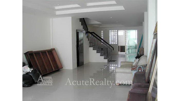 Townhouse  for sale & for rent Sukhumvit 101 image5