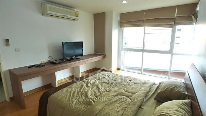 公寓  for rent Serene Place Sukhumvit 24 Mid Sukhumvit image3