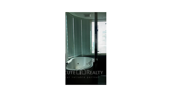 Condominium  for sale & for rent The Infinity Sathorn image7
