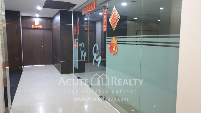 办公空间  for sale & for rent Sukhumvit 63, Ekamai image2