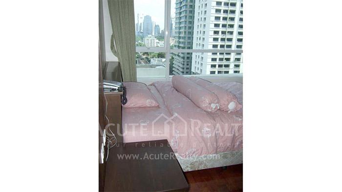 Condominium  for sale & for rent Urbana Langsuan Soi Langsuan image2