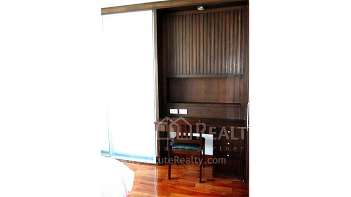 Condominium  for sale & for rent Urbana Langsuan Soi Langsuan image3