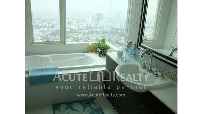 Condominium  for sale WaterMark Chaophraya Charoen Nakorn image8