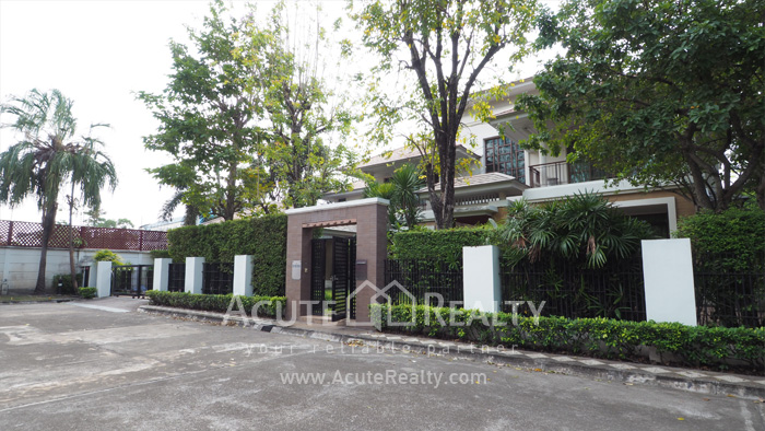 House  for sale & for rent Pattanakarn-Srinakarin Road image0