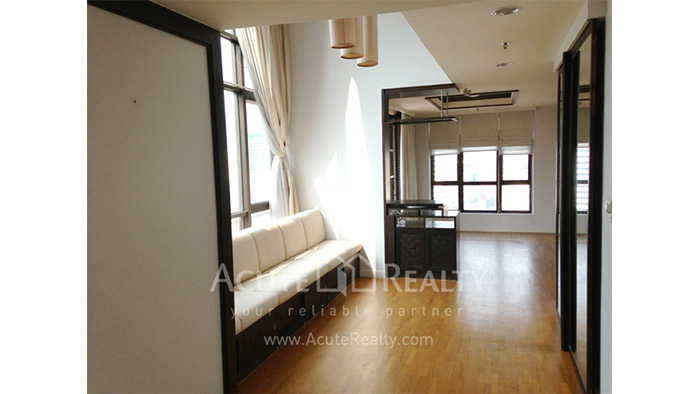 Condominium  for rent Baan Na Varang Langsuan image1