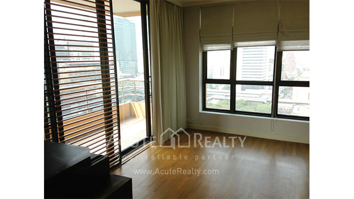 Condominium  for rent Baan Na Varang Langsuan image4