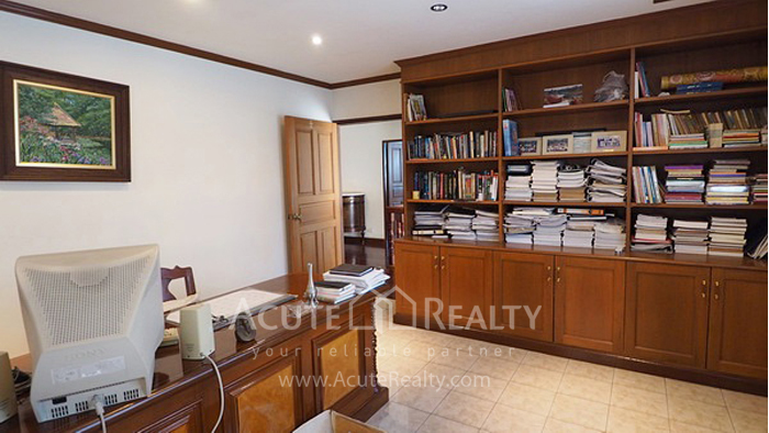 House, Home Office  for sale Ratchadaphisek 36 (Soi Suea Yai Uthit)  image5