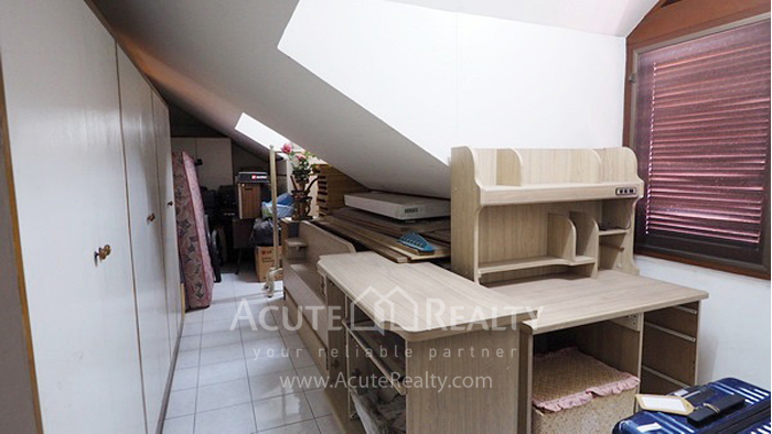 House, Home Office  for sale Ratchadaphisek 36 (Soi Suea Yai Uthit)  image11