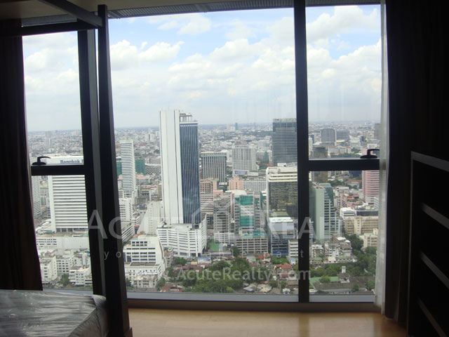 Condominium  for rent The Met Sathorn image5