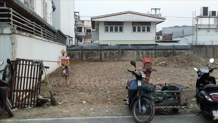 Land  for sale Chang Phuak image4