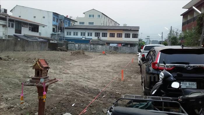 Land  for sale Chang Phuak image6