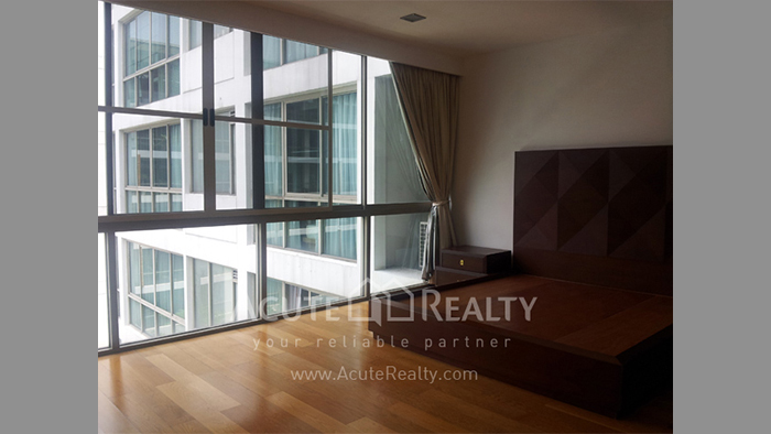 Condominium  for sale & for rent Ficus Lane Prakanong image2