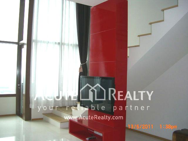 公寓  for sale & for rent The Emporio Place Sukhumvit 24 image1