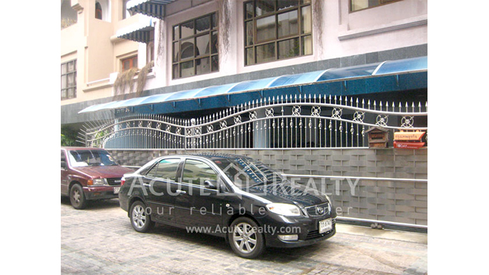 Townhouse, Home Office  for rent Sukhumvit, near Thonglor image1