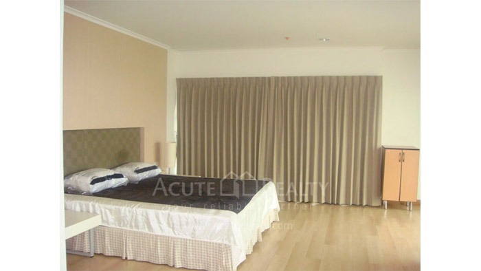 Condominium  for rent The Natural Place Suite Ngamduphlee Sathorn- Rama4 Ngamduplee image3