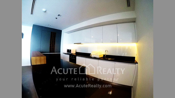 Condominium  for sale The River Charoennakorn image10