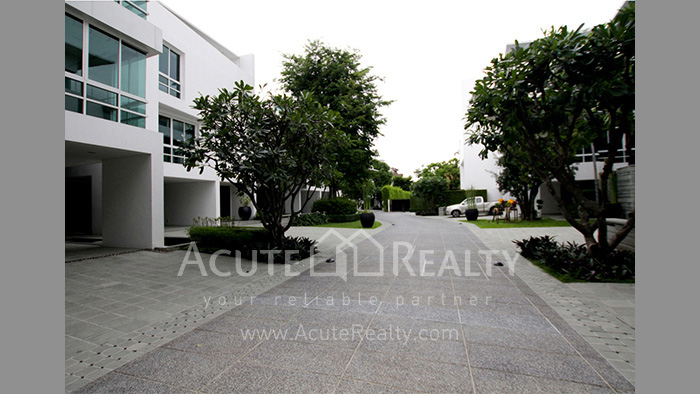 House, Townhouse  for sale & for rent Sathorn image1