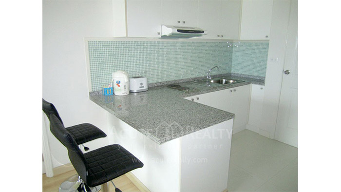 Condominium  for rent Tira Tiraa Condominium Hua Hin image2
