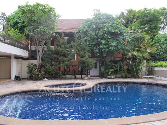 House  for rent Sukhunmvit 63 (Ekamai)  image2