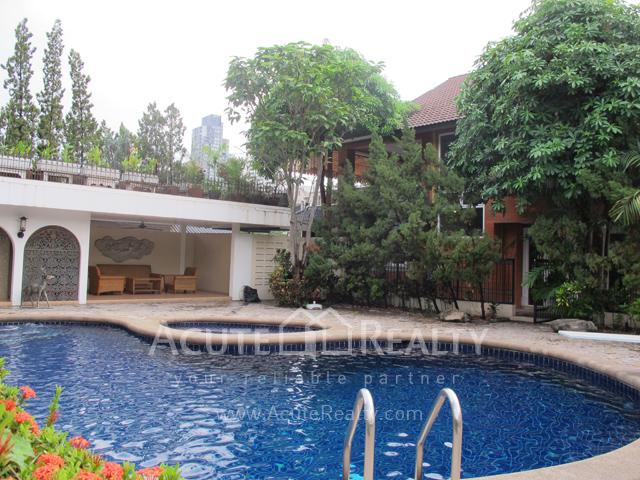 House  for rent Sukhunmvit 63 (Ekamai)  image3