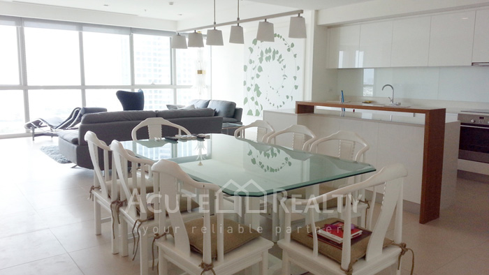 Condominium  for sale & for rent The River Chareonakorn image2