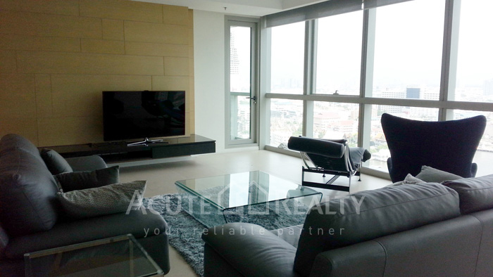 Condominium  for sale & for rent The River Chareonakorn image3