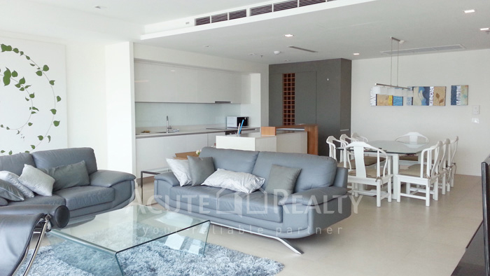 Condominium  for sale & for rent The River Chareonakorn image4