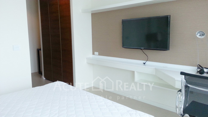 Condominium  for sale & for rent The River Chareonakorn image14