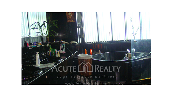 Condominium  for sale Royal River Place Rama 3 image8