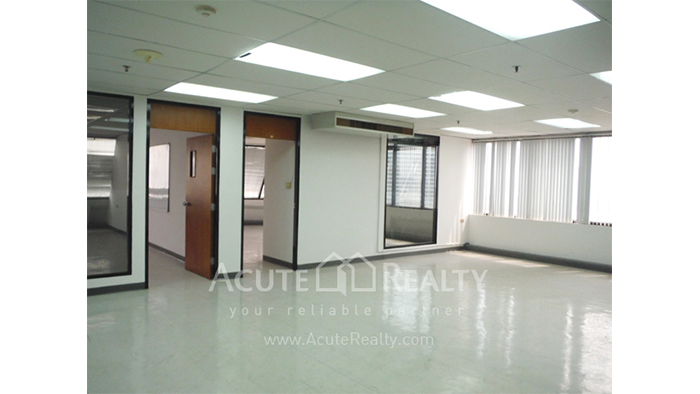 Office Space  for sale Surawong image3