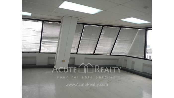 Office Space  for sale Surawong image9