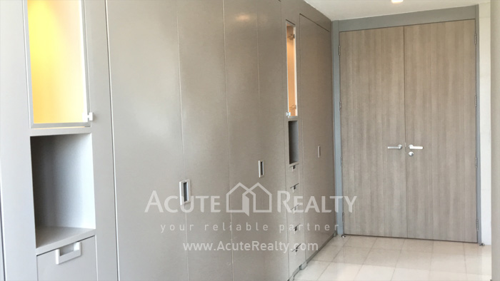 Condominium  for sale & for rent Royal River Place Rama 3 image9