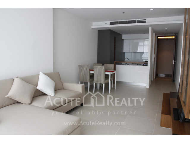 Condominium  for sale The River Charoennakorn image0