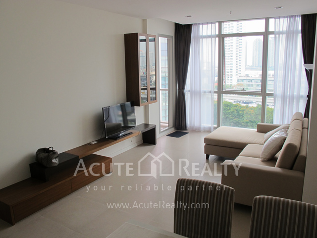 Condominium  for sale The River Charoennakorn image1