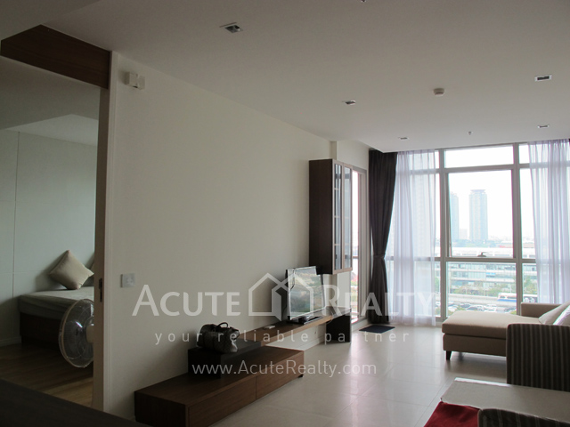 Condominium  for sale The River Charoennakorn image2