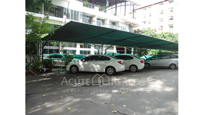 Showroom  for rent Petchaburi image16