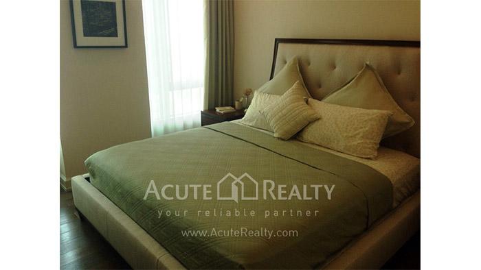Condominium  for sale Oriental Residence Wireless road image0