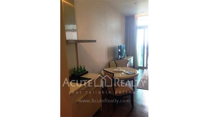 Condominium  for sale Oriental Residence Wireless road image2