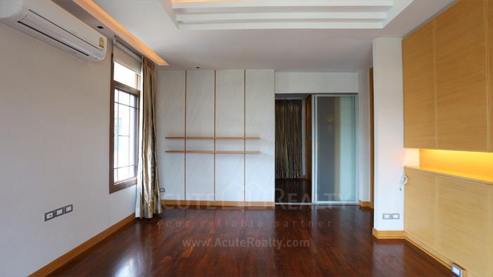 House  for sale & for rent Pattanakarn - Srinakarin image4