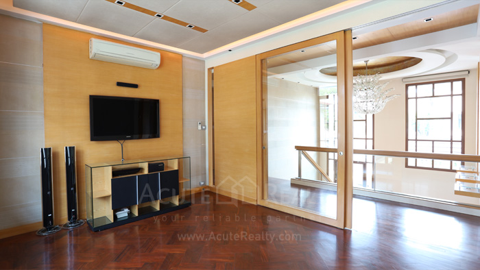 House  for sale & for rent Pattanakarn - Srinakarin image7